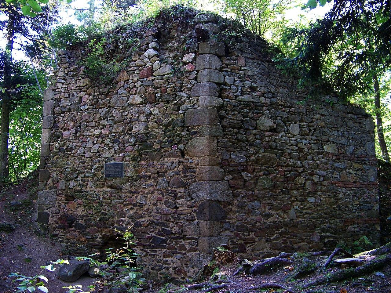 Osmiboká věž