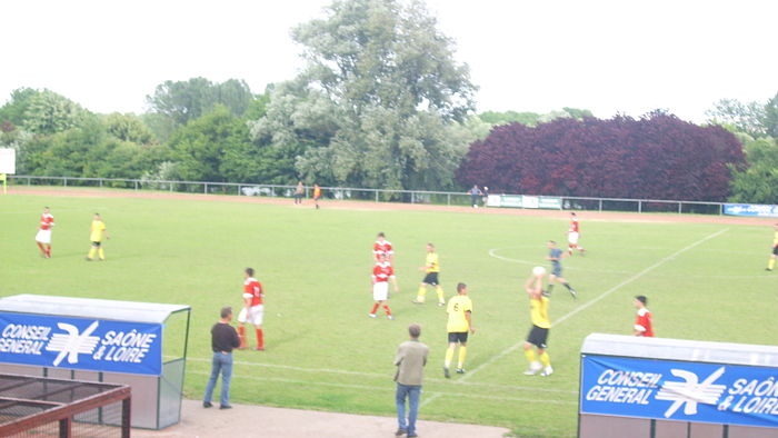 IMG Stade de football de Tournus.JPG
