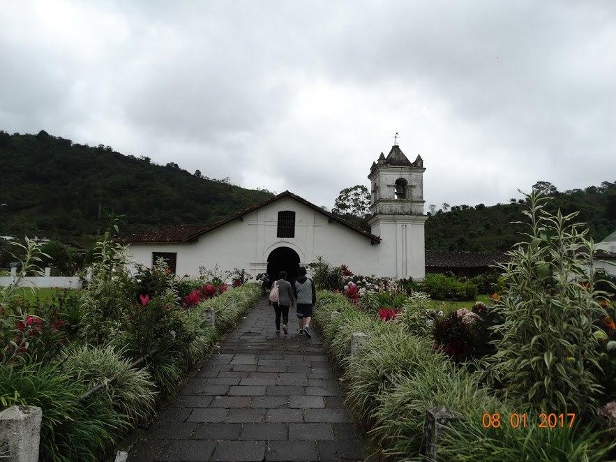 Iglesia Catolica Palomo