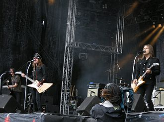 The Hellacopters - Nicke Andersson performing live with Imperial State Electric.