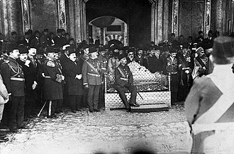 Imperial Government (Ottoman Empire) - The coronation of Mehmed VI.