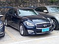 Infiniti Q70L 2.5 CN-Spec 09 (Y51, After Minor change).jpg