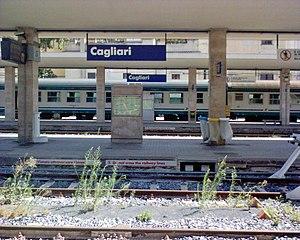Cagliari railway station - Image: Interno stazione FS Cagliari