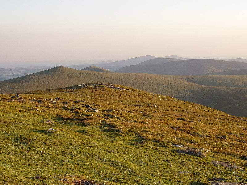 File:Isle of Man Terrain - Snaefell Mountain View - kingsley - 24-JUN-09.jpg