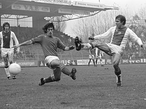 Jan Mulder (footballer) - Jan Mulder (right) scores for AFC Ajax in 1974