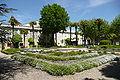 Jardin de la résidence de 11 religieuses à Chusclan.JPG