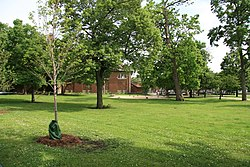 Jefferson Park in Chicago.JPG