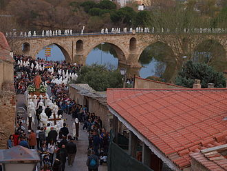 Holy Week in Zamora - The parade of Jesus: Light and Life crossing the old bridge in Zamora´s old city
