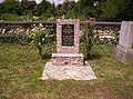 Jewish labour servicers' grave.jpg