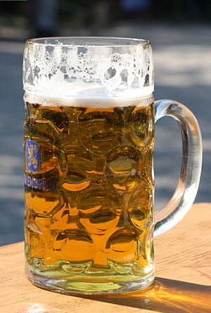 English: Beer mug with a liter of beer called ...