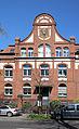 Köln, Giebelfeld der alten Universitäts-Zahn- und Kieferklinik Kerpener Straße 32.jpg