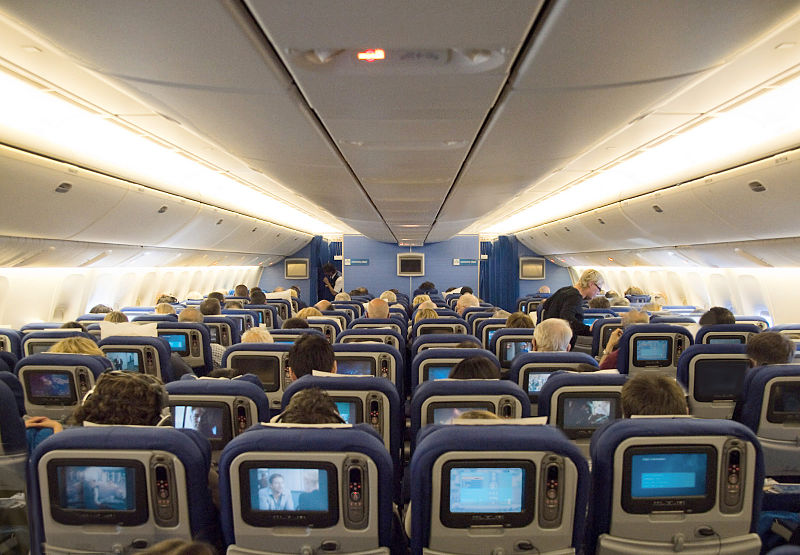 File:KLM Economy En route SFO-AMS 77W.jpg