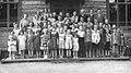 Kansakoululaisia Aureessa 1953.jpg