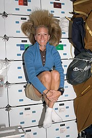 Karen Nyberg STS124 - 2008June07 (NASA S124-e007134)