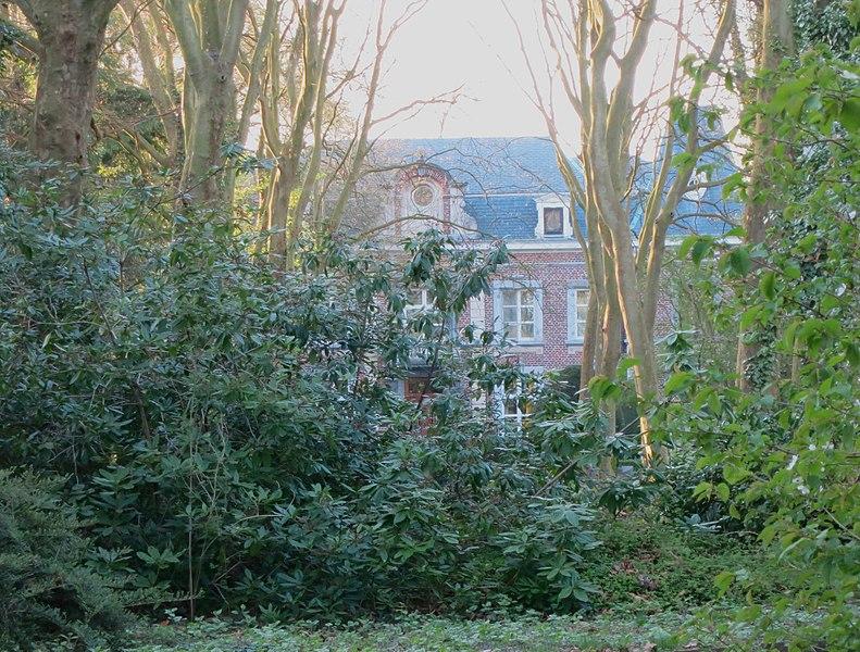Kasteeltje te Sint-Joris, gelegen nabij Kortenbos en Kozen
