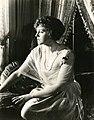 Katherine MacDonald, film actress (SAYRE 5527).jpg
