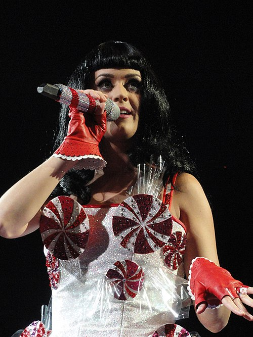 Katy Perry's characteristic spinning peppermint swirl dress which she wore during the California Dreams tour Katy Perry 2011.jpg