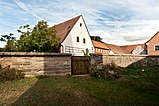 Kirchhofmauer St. Katharina Innenhof.jpg