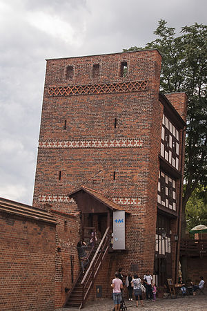 Leaning Tower of Toruń - The Leaning Tower of Toruń, viewed from the east