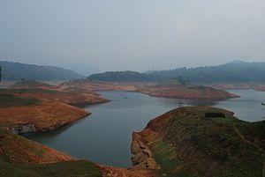 Idukki Dam - Kulamavu Dam Reservoir