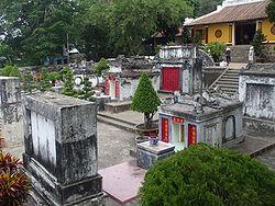 Khu lăng Thoại Ngọc Hầu.
