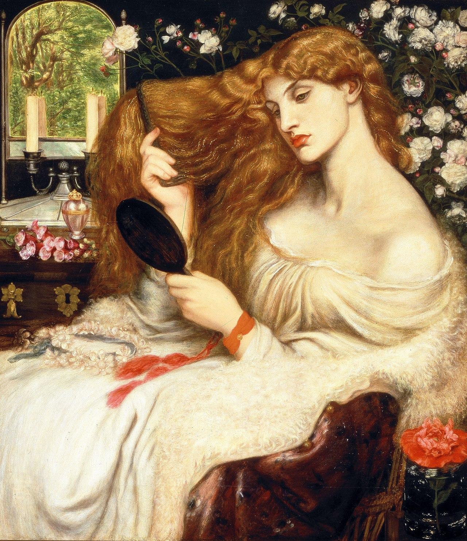 Peinture. Portrait d'une femme assise, de trois quarts gauche, en train de tresser sa chevelure rousse. L'arrière-plan est constitué de fleurs sur fond noir.