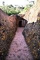 Lalibela, san giorgio, esterno, corridoio di accesso 04.jpg