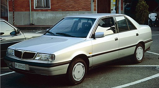Lancia Dedra from La Spezia