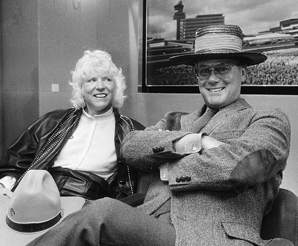 Larry Hagman and Maj Axelsson 1983.jpg
