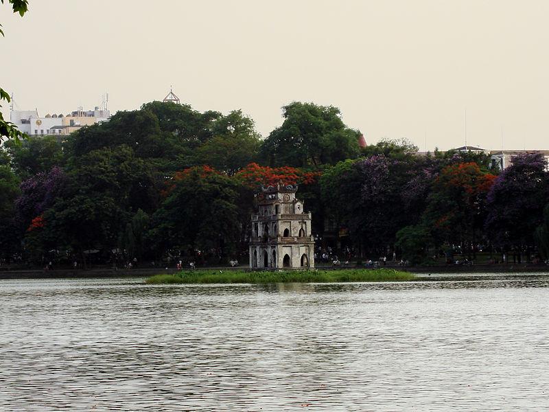 File:Lascar Tortoise Tower (Thap Rua) - Hoan Kiem Lake (4551007156).jpg