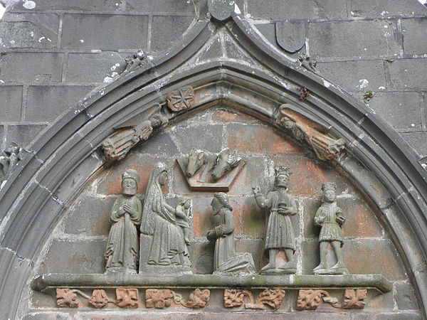 The relief carving in the tympanum of the Rumengol Église Notre-Dame