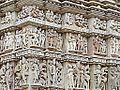 Le temple de Parshvanath (Khajuraho) (8638393390).jpg