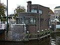 Leiden - Havenplein - Brugwachtershuisje met politiepost v2.JPG