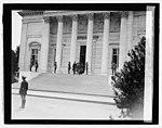 Lindbergh (Arlington Nat. Cemetery), 6-12-27 LCCN2016843119.jpg