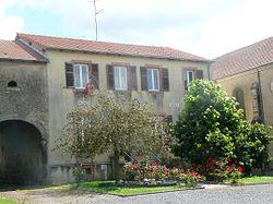 Lindre Basse mairie ecole.JPG