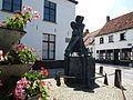 Lissewege - Standbeeld Lekebroeder van Saeftinghe.JPG