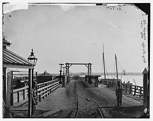Long Bridge 1861.jpg