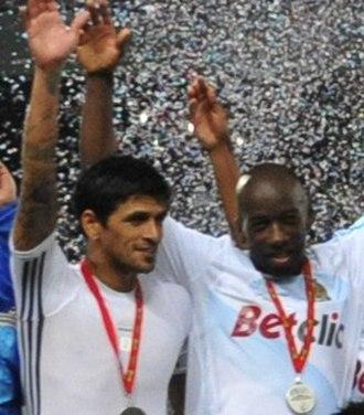 Lucho González - González after winning the 2011 Trophée des Champions