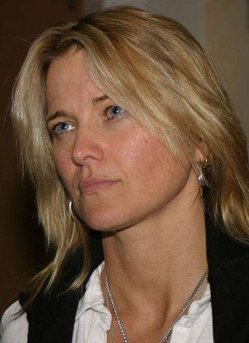 Lawless tochter lucy Susanne von