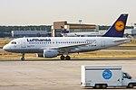 Lufthansa, D-AIBH, Airbus A319-112 (16455246141) (2).jpg
