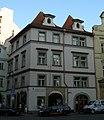 Městský dům U Peruckých (U Stříbrné hvězdy) (Staré Město), Praha 1, Dlouhá 6, Staré Město.JPG