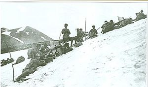 Battle of Sarikamish - Ottoman machine gun unit at the Allahüekber Mountains