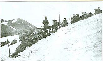 Battle of Sarikamish - Ottoman machine gun unit at the Allahüekber Mountains