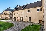 Maria Saal Domplatz 7 Mesnerhaus und Domshop-Café NW-Ansicht 31102018 5267.jpg