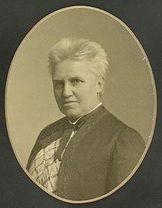 Marie Luplau by Laurberg cropped.jpg