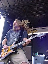 Guitarist Mark Morton performing at Ozzfest 2004 without his beard