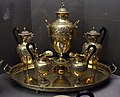 Martin-guillaume biennais, samovar e coppia di caffettiere e lattiere con vassoio, parigi 1815 ca.jpg