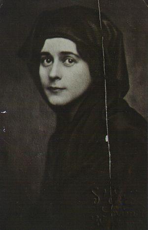 Marianna Török - Countess Marianna wearing an Islamic veil