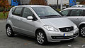 Mercedes-Benz A 160 BlueEFFICIENCY Serienausstattung (W 169, Facelift) – Frontansicht, 13. November 2011, Heiligenhaus.jpg