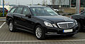 Mercedes-Benz E 220 CDI BlueEFFICIENCY T-Modell Elegance (S 212) – Frontansicht, 14. April 2011, Velbert.jpg